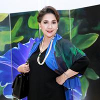 Aktris senior Widyawati banyak mengisi hari-harinya dengan berbagai kegiatan sosial. Belum lama ini, ia terlibat dalam kegiatan Having and Giving with Love. (Adrian Putra/Bintang.com)