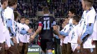 Video highlights perpisahan Miroslav Klose dengan Lazio yang diwarnai tangis haru dari sang legenda Jerman tersebut.