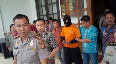 Penyebar Kebencian di Facebook Asal Bandung Mengaku Khilaf