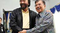 Surya Paloh bertemu Jusuf Kalla di Makassar, Sulsel, dalam rangka deklarasi pencalonan dirinya sebagai Ketua umum DPP Partai Golkar mendatang. (Antara)