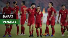 Timnas Indonesia seharusnya mendapat penalti saat Riko Simanjuntak dijatuhkan bek Filipina.