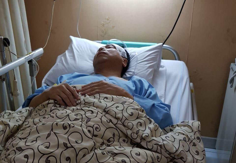 Beredar foto Ketua DPR RI Setya Novanto sedang dirawat di rumah sakit, Kamis (16/11/2017) (Istimewa)