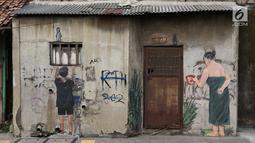Sketsa-sketsa terlihat di depan Kampung Tematik Sketsa di kawasan Penjaringan, Jakarta Utara, Rabu (1/7). Sketsa-sketsa yang menghiasi kawasan tersebut dibuat dalam rangka menyambut Asian Games XVIII Tahun 2018. (Liputan6.com/Immanuel Antonius)