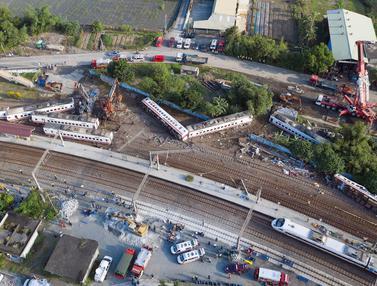 Tewaskan 18 Orang, Begini Kondisi Kereta Tergelincir di Taiwan