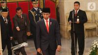 Presiden Joko Widodo bersiap melantik para Wakil Menteri (Wamen) Kabinet Indonesia Maju di Istana Negara, Jumat (25/10/2019). Jokowi melantik 12 wakil menteri yang akan membantu jajaran menteri Kabinet Indonesia Maju dalam menjalani roda pemerintahan 5 tahun ke depan. (Liputan6.com/Angga Yunair)
