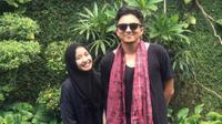 Laudya Cynthia Bella memperkenalkan Engku Emran pada orangtua Bella, Jakarta 12 Juni 2017. (Instagram @iamkumbre)