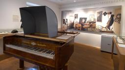 Ruangan yang menjadi tempat Beethoven menciptakan musik di Museum Beethoven di Wina, Austria (2/7/2020). Museum Beethoven dibuka kembali pada Rabu (1/7) setelah ditutup sementara karena pandemi COVID-19. (Xinhua/Guo Chen)
