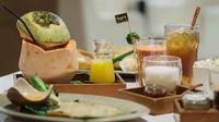 TeKoTe menghadirkan ragam minuman, camilan, dan makanan penutup tradisional yang menggugah selera (Dok.Istimewa)