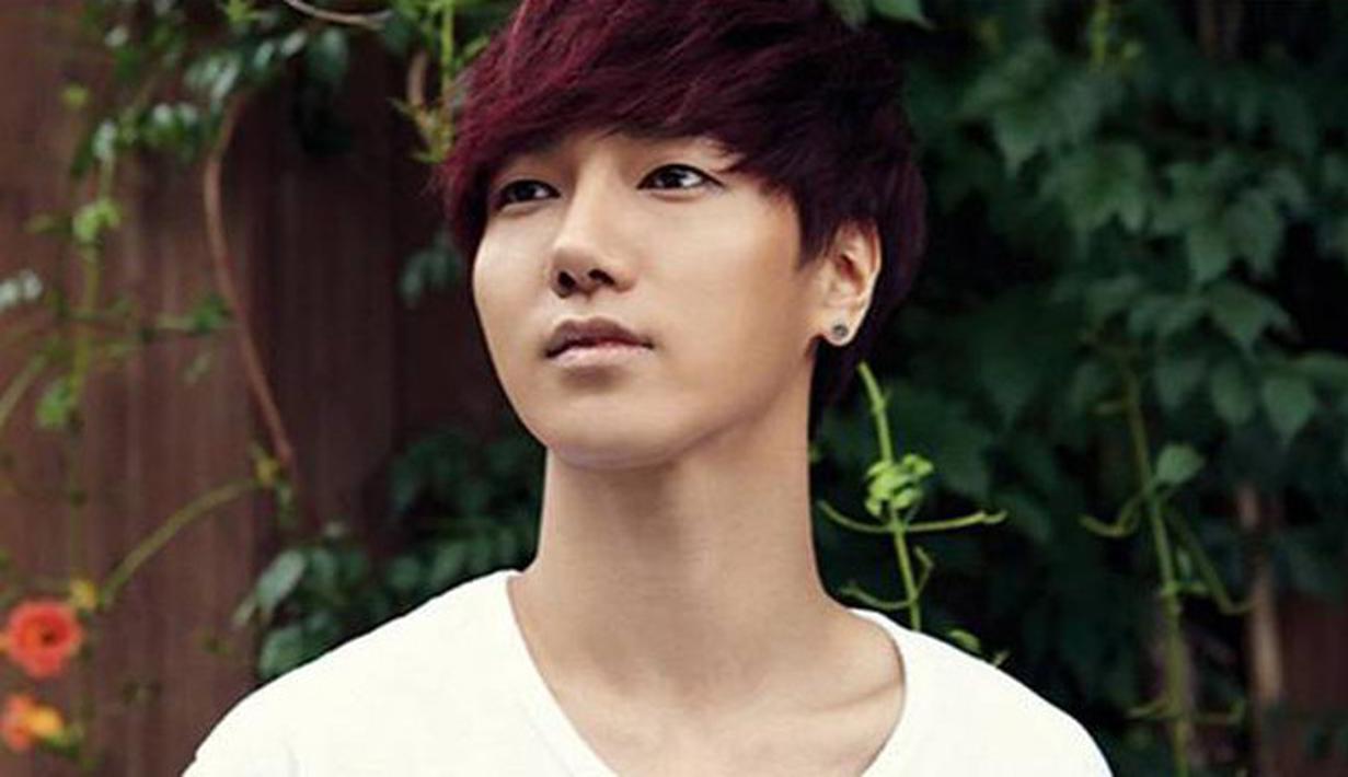 Kemampuan bernyanyi Yesung memang sudah tak bisa diragukan lagi, ia pun dipercaya untuk bergabung dalam sub unit Super Junior KRY dengan Kyuhyun dan Ryeowook. Selain itu,  ia juga dipilih untuk berada di dunia akting. (Instagram)