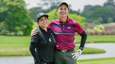 Andhika Pratama dan Ussy Sulistyawati main golf (Sumber: Instagram/andhiiikapratama)