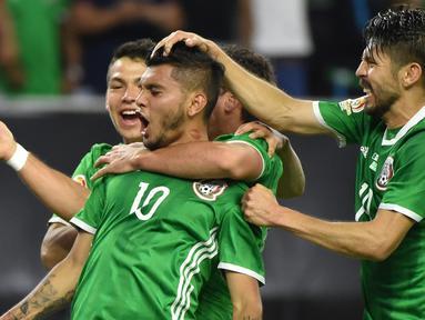 Meksiko hanya bermain imbang melawan Venezuela dalam laga Grup C Copa America 2016 di Stadion NRG, Houston, AS, Selasa (14/6/2016) WIB. (AFP/Nelson Almeida)