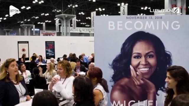 Michelle Obama baru saja merilis buku. Tidak butuh waktu lama, buku karyanya laku jutaan kopi di pasaran.
