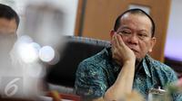 Ketua Umum PSSI La Nyalla Mattalitti saat menghadiri pertemuan di kantor Komnas HAM, Jakarta, Kamis (13/8/2015). Pertemuan tersebut terkait pembekuan PSSI oleh Kemenpora. (Liputan6.com/Helmi Afandi)