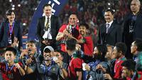 Ketua Umum PSSI, Edy Rahmayadi, saat acara penyerahan medali dan trofi juara Piala AFF U-16 2018 di Stadion Gelora Delta, Sidoarjo, Sabtu (11/8/2018). (Bola.com/Aditya Wany)