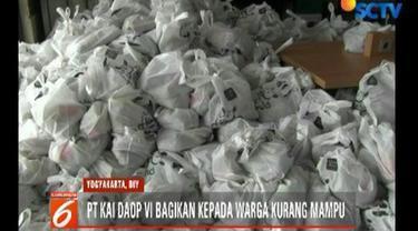 2 ribu paket sembako murah disediakan PT KAI Daops 6 Yogyakarta bagi warga kurang mampu di sekitar stasiun dan rel kereta api.