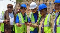 Peresmian BTS USO XL Axiata di Desa Aewora, Kecamatan Maurole, Kabupaten Ende, NTT. Liputan6.com/Yuslianson