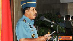 Citizen6, Jakarta: Pada kesempatan tersebut Panglima TNI menyampaikan bahwa serah terima jabatan di lingkungan TNI memiliki dua dimensi, yakni dimensi dinamika dan dimensi pembinaan. (Pengirim: Badarudin Bakri)