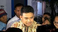 Bobby membantah tujuannya untuk maju sebagai Wali Kota Medan adalah bentuk politik dinasti yang tengah dibangun oleh Presiden JokoWidodo atau Jokowi. Menurutnya, dinasti politik harus dilihat dari motivasinya
