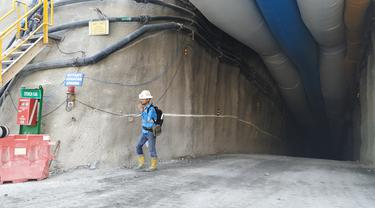 Terowongan bawah tanah PT Merdeka Cooper Gold Tbk