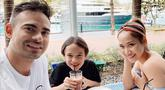 Sering berbagi foto keluarga kecilnya ini, BCL sukses bikin warganet iri. (Liputan6.com/IG/bclsinclair)