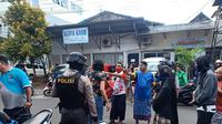 Ricuh yang terjadi di RS Pancaran Kasih Manado, Senin (1/6/2020), karena massa memaksa mengambil paksa jenasah PDP.