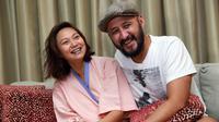Pasangan suami istri ini menciptakan sebuah lagu sebagai bentuk rasa syukur atas lahirnya sang buah hati. Lagu tersebut masih dalam tahap penyempurnaan. (Wimbarsana/Bintang.com)