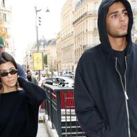 Sepertinya perpisahan Kourtney Kardashian dan Younes Bendjima tak berakhir dengan baik-baik. (footwearnews)