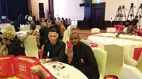 Raphael Maitimo (kiri) dan Greg Nwokolo akan membela Madura United di Liga 1 2018. (Liputan6.com/Thomas)