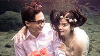 Prewedding underwater di Umbul Ponggok Klaten (umbulponggok.com)