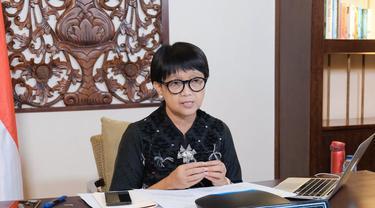 Menlu Retno Marsudi saat memimpin Pertemuan COVAX AMC Engagement Group (AMC EG) secara virtual.