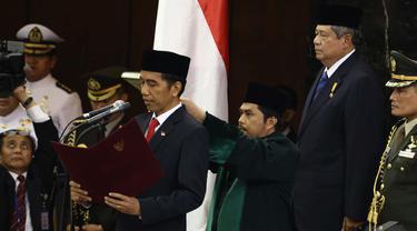 Suasana Pelantikan Jokowi dan Jusuf Kalla