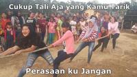 5 Meme Lomba Tarik Tambang Ini Sukses Bikin Tepuk Jidat (sumber: twitter.com/sugik_v)