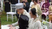 Rinni Wulandari dan Jevin Julian resmi menikah hari ini, Minggu (7/5/2017). [foto: Fajarina Nurin]