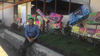 Sikap kalem dan humoris yang dari Ato Hermanto, menjadikannya sosok populer di masyarakat Garut (Liputan6.com/Jayadi Supriadin)
