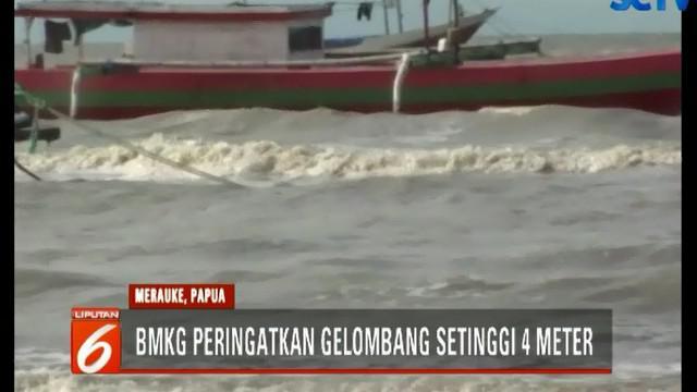 BMKG juga memperingatkan warga di pesisir pantai agar mewaspadai banjir air pasang atau rob yang mungkin terjadi akibat cuaca buruk.
