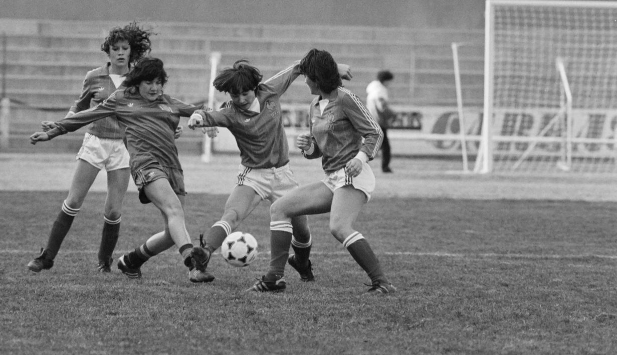 FOTO Keunikan Sepak Bola Wanita Dari Masa Ke Masa Dunia