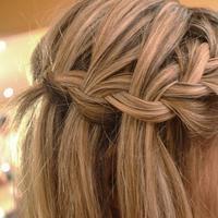 Ilustrasi kepang rambut. (via: tvn-2.com)