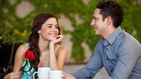 Bro, kamu pasti ga mau kencan pertamamu berakhir memalukan bukan? Berikut beberapa kesalahan yang mesti dihindari saat kencan pertamamu.