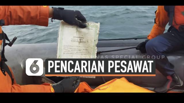 Pencarian pesawat Sriwijaya Air SJ182 yang jatuh terus dilakukan di perairan kepulauan seribu. Hari Senin (11/1) tim Basarnas kembali temukan bagian tubuh korban serta serpihan pesawat.