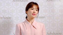 Hal tersebut diungkap oleh sang ibu pada acara A's Poongmon Show. Di acara tersebut, sang ibu mengaku mendapatkan email yang berisi ancaman untuk memberikan uang sebesar Rp 3,1 miliar. (Foto: instagram.com/kyo1122)
