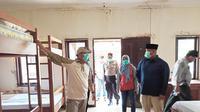 Bupati Kutai kartanegara Edy Damansyah meninjau langsung kesiapan asrama atlet di Kompleks GOR Aji Imbut Tenggarong Seberang.