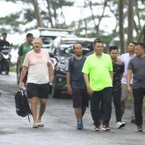 Gatot Nurmantyo mengunjungi mes Tira Persikabo. (Bola.com/Nandang Permana)