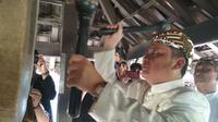 Tradisi Dlugdag merupakan salah satu warisan Sunan Gunung Jati Cirebon yang masih lestari. Foto (Liputan6.com / Panji Prayitno)