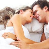 Pemenuhan kebutuhan dasar suami juga menjadi salah satu cara untuk mewujudkan keluarga harmonis dan bahagia.
