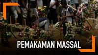 Sri Lanka menggelar pemakaman massal gelombang pertama di Gereja St Sebastian, Negombo. Sebelum pemakaman, momen mengheningkan cipta dilakukan demi menghormati korban akibat bom.