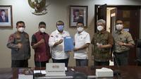 Moeldoko saat menerima pimpinan organisasi buruh terbesar yakni Konfederasi Serikat Pekerja Seluruh Indonesia (KSPSI) dan Konfederasi Serikat Pekerja Indonesia (KSPI).(Kredit foto: Biro Humas dan Media Kantor Staf Presiden)
