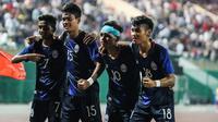 Timnas Kamboja U-22 lolos ke semifinal Piala AFF U-22 2019 setelah mengalahkan Myanmar di Olympic Stadium, Phnom Penh, Rabu (20/2/2019). (Bola.com/Dok. AFF)