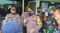 Kapolda Metro Jaya Irjen Fadil Imran berkunjung ke Markas Polsek Cengkareng, Jakarta Barat. (Liputan6.com/Ady Anugrahadi)