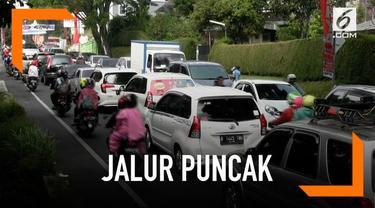 Libur Imlek warga mulai padati Kawasan Puncak, Bogor, Jawa Barat,