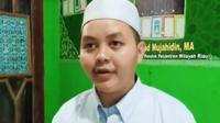 Ustaz Riko yang kena marah wali murid karena mengeluarkan santri di Pondok Pesantren Mutjahadah Al Pekanbaru. (Liputan6.com/M Syukur)